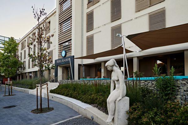 hoteladalbert-02night27B9685F-B912-1845-FFF4-D98EA2E046A1.jpg