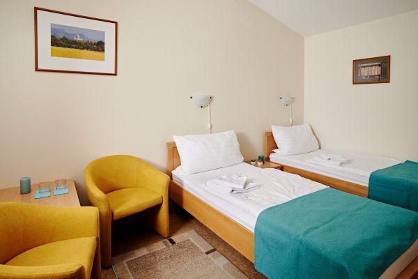 hotel1-00854658FB30B-562F-3C5F-5C82-A5FA7CDFA376.jpg