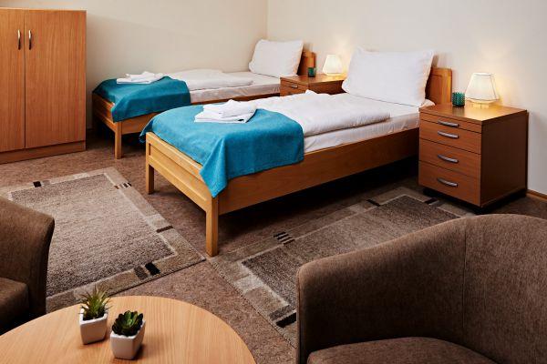 hotel1-012435EDEB755-A203-CE62-3727-A36599E077BD.jpg