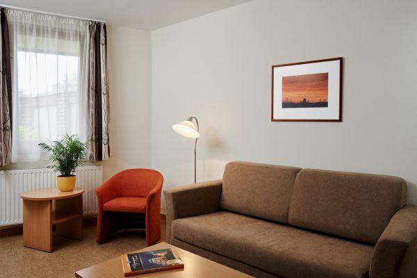 hotel1-apartman019ABF24EC-BA19-DF0B-0C40-17CDC33BE772.jpg